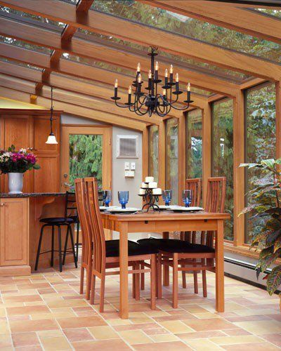 now this is a sun room/kitchen/dining room I could grow to love