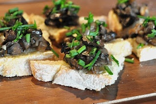 Creamed Mushrooms on Garlic Chive Toast | Also known as sustenance ...