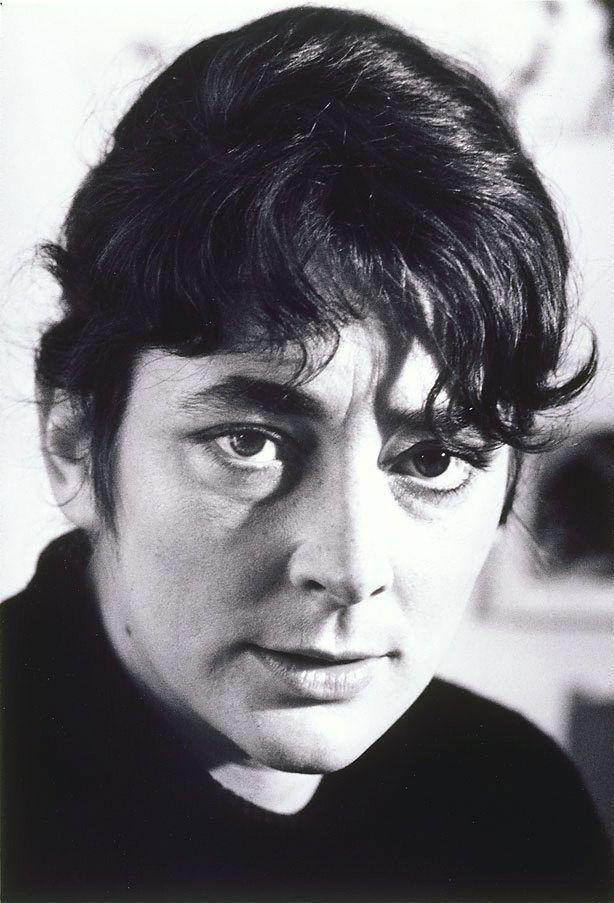 Janet Dawson (1935 - )