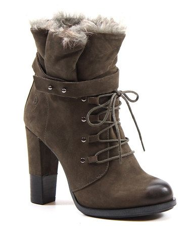 Oh how I wish I could wear a heal this high without falling over and breaking my ankle again!!! I LOVE THIS BOOTIE!!!Take a look at this Mud Cast Away Bootie by Diba on #zulily today!