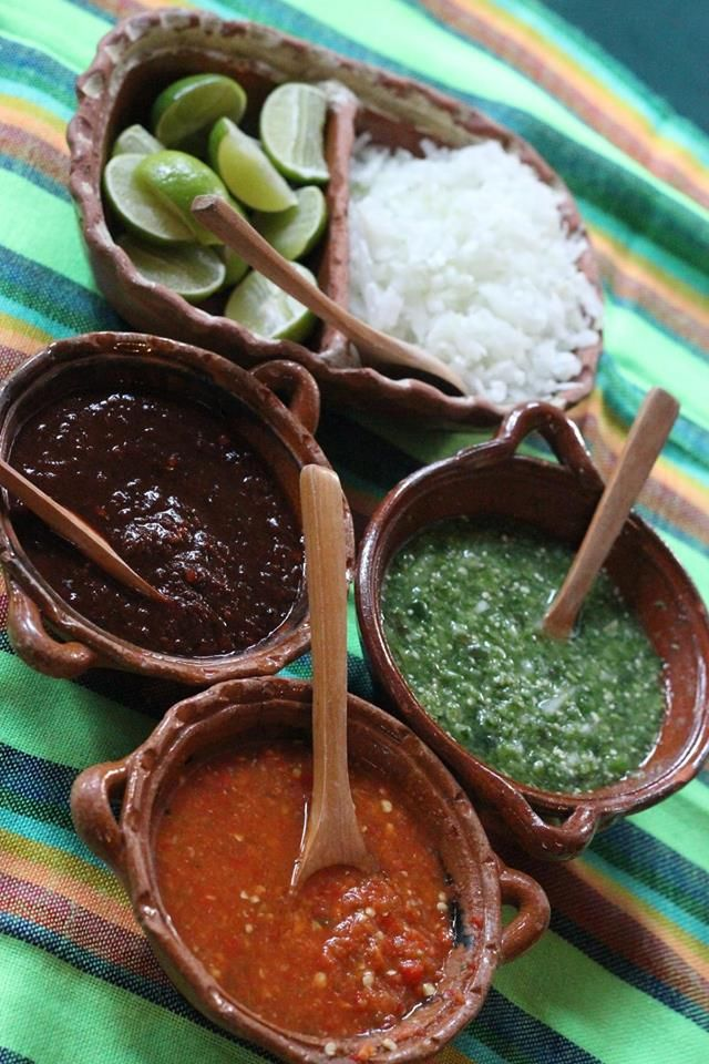 Condimentos, Salsas: Borracha, Verde y Roja. MMMMMM!!!!