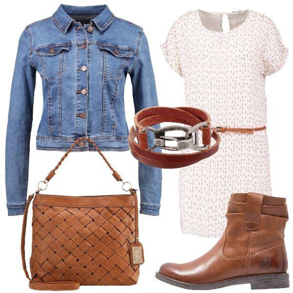 Outfit adatto per tutti i giorni composto da vestito a fantasia con cintura inclusa da abbinare ad un giacchetto in jeans. Completano il look borsa a mano, stivaletto e bracciale in pelle.