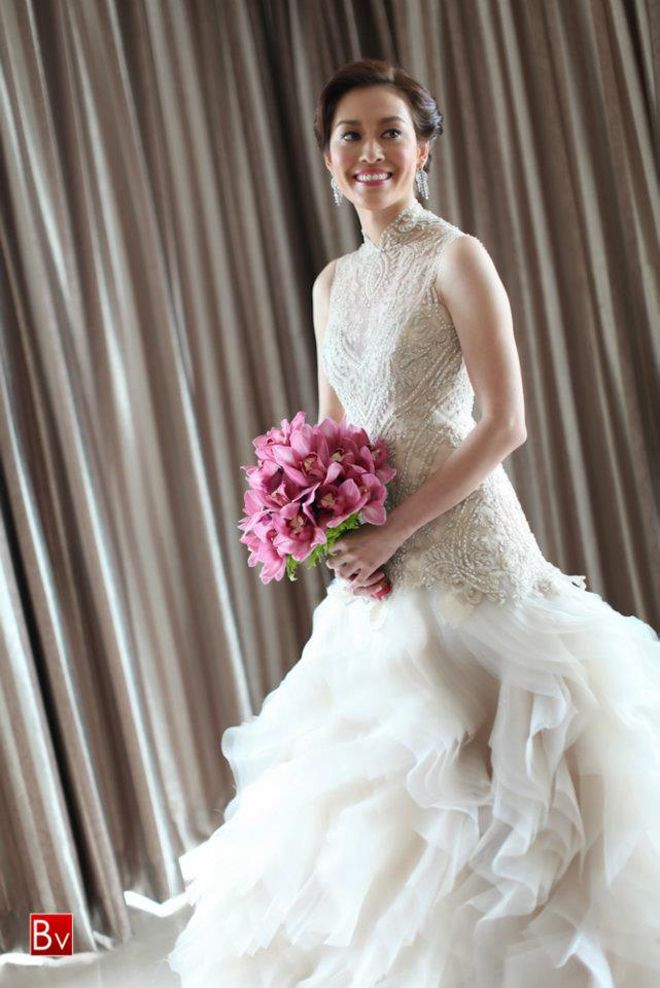 Chic Special Design Wedding Dress ♥ Veluz Reyes Hand-Beaded Embroidered Asymmetric Layered Wedding Dress