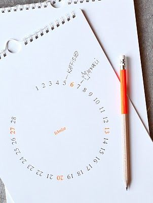 Calendar - I have never seen a calendar on paper that looks like the way I envision days/months in my head. this is it!
