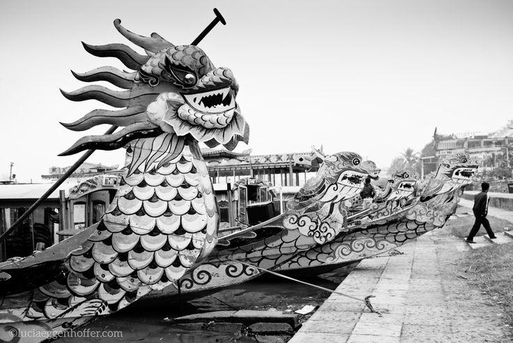 Dragons, Hue, Vietnam ©luciaeggenhoffer.com #streetphotography #blackandwhite #streetpics #streettogs #bw #urban #city