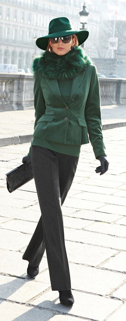 Love the green jacket, gloves, and scarf