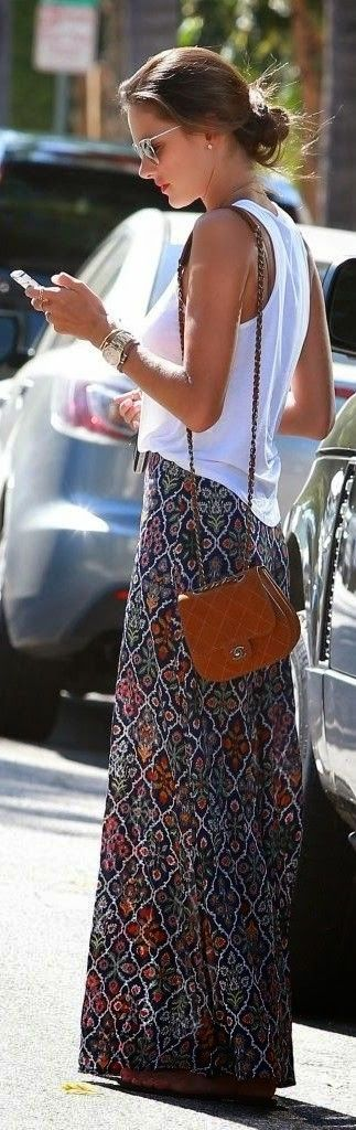 Street style | Casual white top, printed maxi skirt