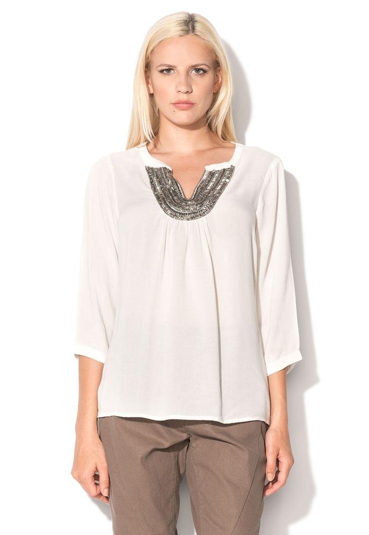 Vero Moda -72% http://www.fashiondays.ro/campaign/noul-look-al-sezonului-99363-1/?referrer=1150679&utm_source=pinterest&utm_medium=post&utm_term=&utm_content=&utm_campaign=vero_moda
