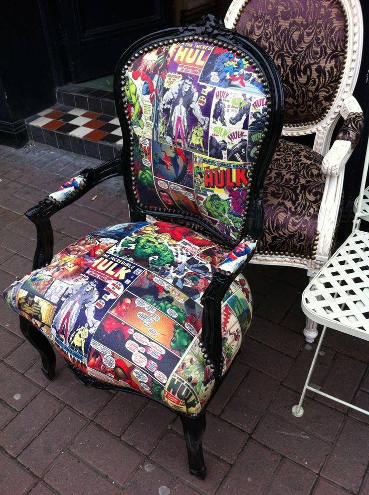 comic book fabric chair - Hulk. Might e able to do with Spidey or other heroes. ^_^