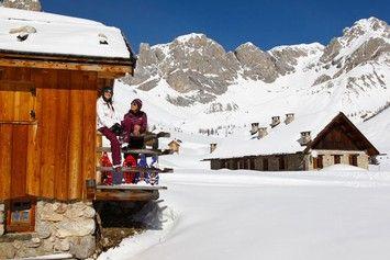 Attività Val di Fassa - Rifugi sulle piste, chalet terrazza, pranzo e cena tipica in baita, rifugio alpino escursionistico