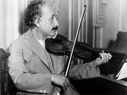 Albert Einstein. Biografía.