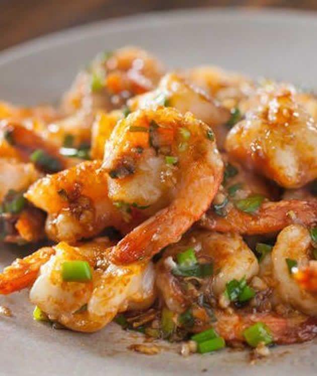 Crevettes sautées recette thaïlandaise au thermomix. Voici une recette de la cuisine thaïlandaise, des Crevettes sautées facile et simple a réaliser...