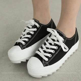 Buy 'FM Shoes – Canvas Platform Sneakers' with Free Shipping at YesStyle.ca. Browse and shop for thousands of Asian fashion items from Taiwan and more!