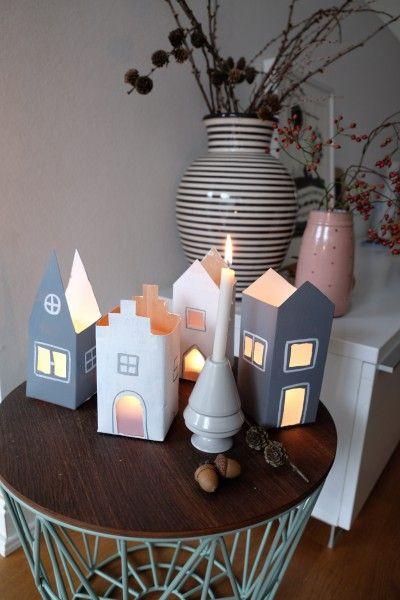 Kleine Lichterhäuschen aus Milchtüten… plus ein bisschen Farbe und…