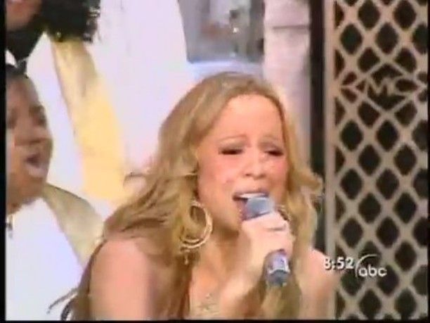 @mariahcarey singing 'Fly Like A Bird' at Good Morning America 2005 for the Emancipation of Mimi alb release #mariahcarey #mimi #theemancipationofmimi #flylikeabird #webelongtogether #shakeitoff #2005 #GMA #gospel #choir #tantalizing #gorgeous #singer #songbirdsupreme #lambily http://famousfollow.net/ipost/1491136835459343674/?code=BSxlQ0tDeU6