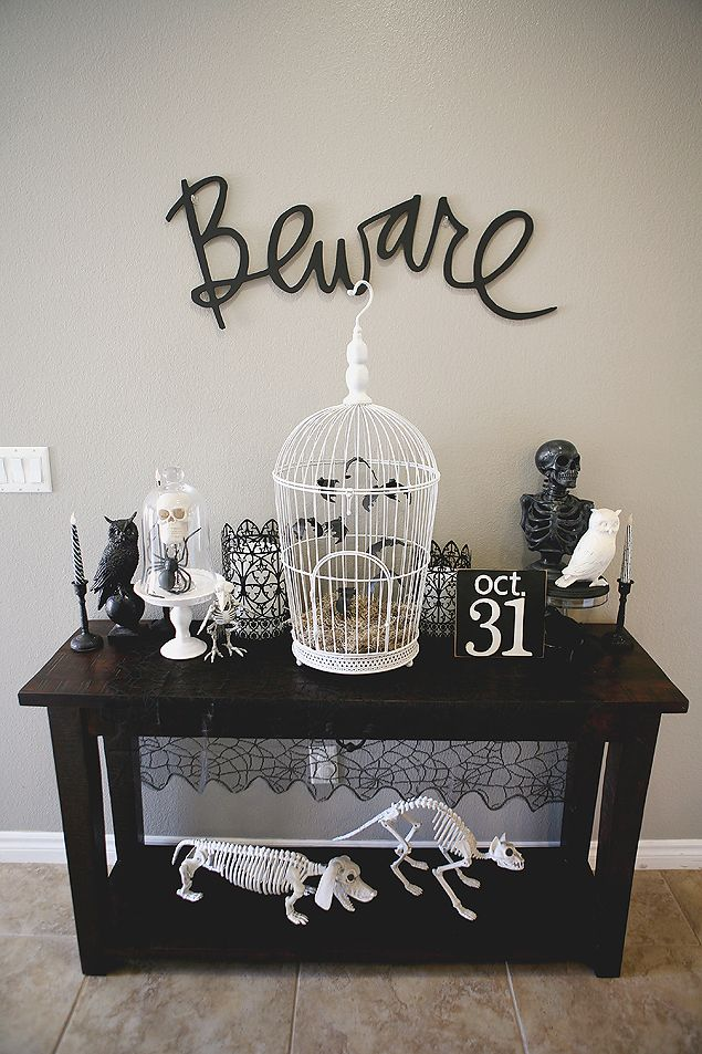 such a great halloween decoration love it - Halloween Kitchen Decor