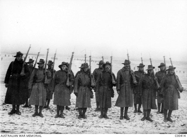 WWI, 19 Nov 1916; Snow is falling at the Somme. -Australia in WW1 (@AustraliaWW1) | Twitter