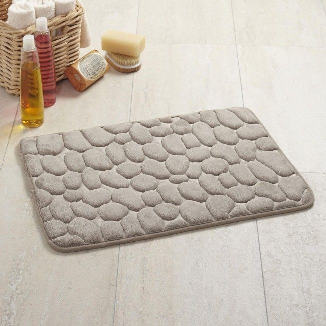 No more cold slippery bathroom floors when you step out of the shower! Harman Embossed Stone Microfiber Bathmats are a soft and stylish way to keep your bathroom floor dry and your feet comfortable.