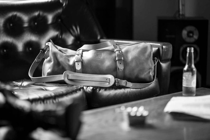 Packing up! Whats your plan for the weekend? #htclosangeles #holllywoodtradingcompany #weekenderbag #fridayplans