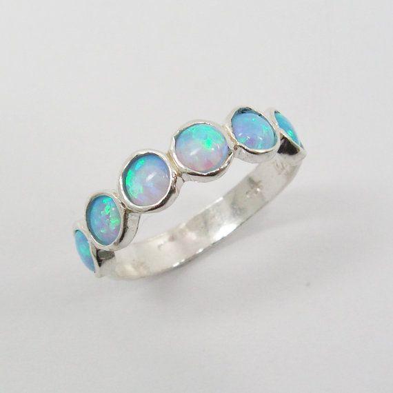 Opal ring. Chic sterling silver ring design by STarLighTstudiO3