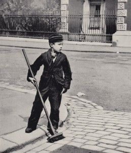 Crossing Sweeper – Clarence St, Greenwich.