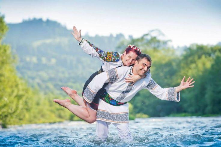 Romanian love..Romanian beauty..Traditional wedding @Gabriela şi Mădălin-Silviu Bosinceanu  #traditionalwedding #folkcostumes