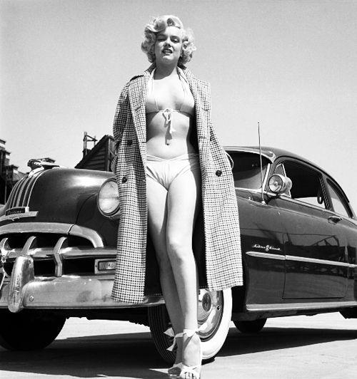 Marilyn Monroe photographed by Earl Theisen, 1951