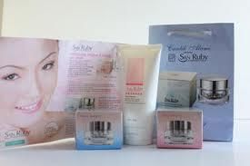 San Ruby adalah produk Kecantikan Import terbaik. Mendapat banyak penghargaan sebagai produk paling aman dan paling cepat memberikan hasil Perawatan Wajah. Menghilangkan Kulit Kusam, Memutihkan Wajah info lengkap kunjungi kami di http://raykosmetik.blogspot.com/2013/02/produk-kecantikan-san-ruby.html