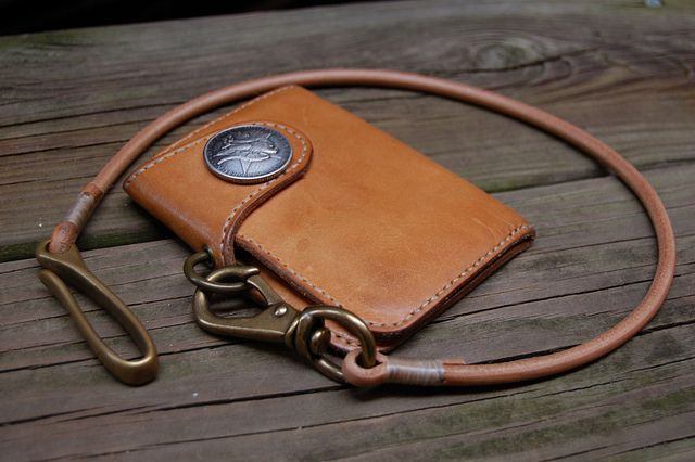 HEADERS MFG Co. SHORT SNAP WALLET & TETHER ; WORN by HEADERS MFG CO., via Flickr