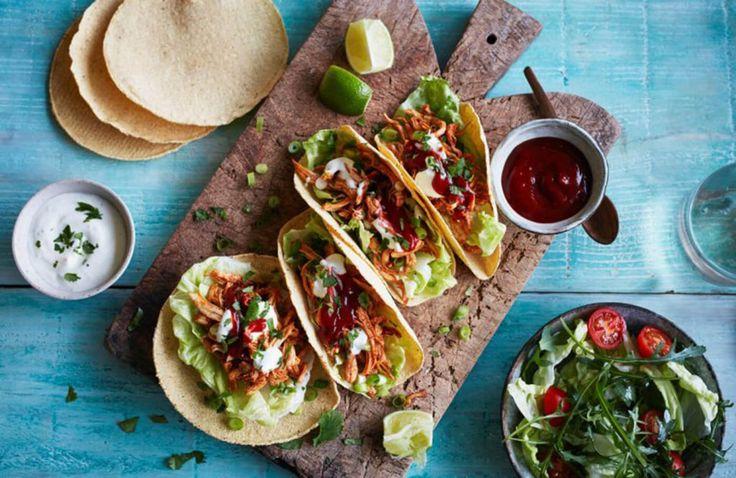 De allerlekkerste taco recepten vind je natuurlijk bij CookLoveShare.nl. Voor de ideale Mexican Taco Night,geven we je een greep uit onze ultieme taco recepten. Of je nu van de traditionele taco's houdt of van een taco met een twist (wat dacht je van een zalm taco?), here you go!