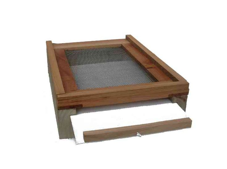 Screened Bottom Board - The kiwimana meshboard is designed and built to help in the fight against the Varroa Mite and fits a hive with Langstroth dimensions