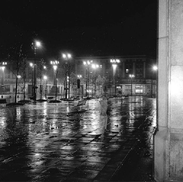 Plac Konstytucji, 1958r. fot. Tadeusz Rolke https://www.facebook.com/warszawskizaulek/photos