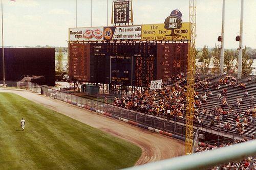 Metropolitan Stadium, Bloomington   ( mid 70's )
