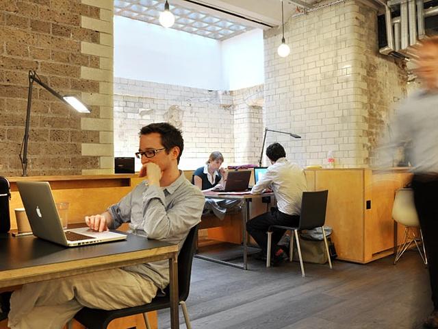 Coworking in London City: http://www.deskmag.com/en/spotlight-london-coworking-spaces-liverpool-street-clerkenwell-the-city-776
