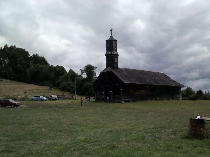 Iglesia de Colo, Quemchi. Isla grande de Chiloé.