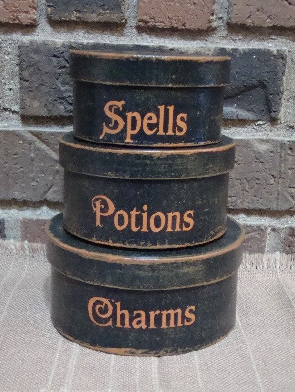 Primitive Round Paper Mache' Halloween Boxes by witchescauldron. $18.00, via Etsy.