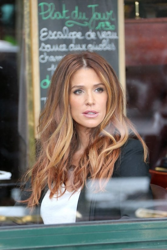 Poppy Montgomery - Red Ombre hair done right