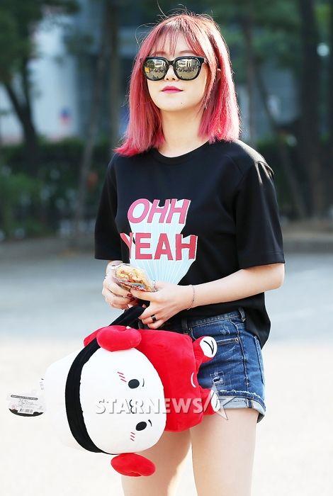 [NEWS] 160603 Fiestar OTW to Music Bank
