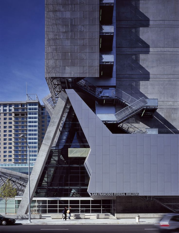 34 best thom mayne united states federal building san for Top architects san francisco