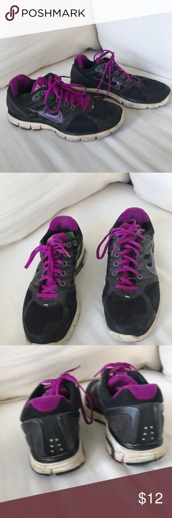 Woman's Nike Sneakers Lunarglide 2 Woman's Nike Sneakers in black Nike Shoes Sneakers