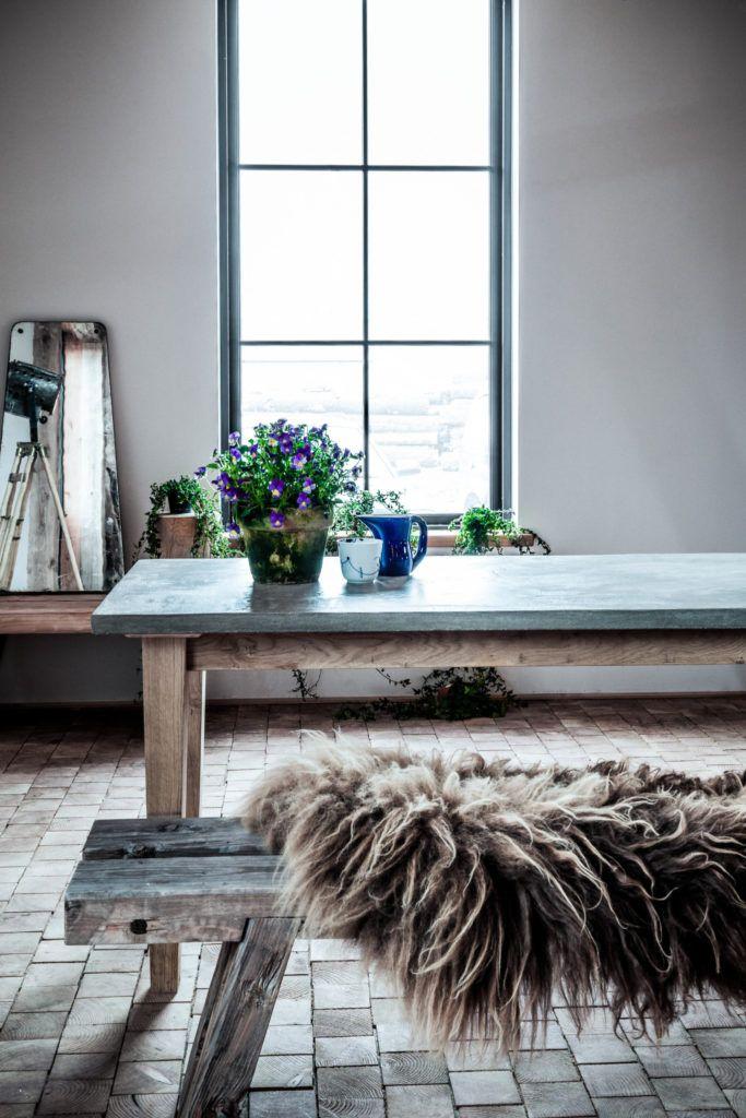 Table and bench in nordic look. www.oje-blik.dk
