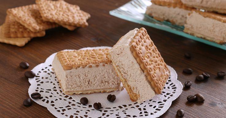 Prepariamo questi meravigliosi, golosissimigelatini biscotto al caffè? Inizia a far caldo e sia ha voglia di preparare qualcosa di fresco ...