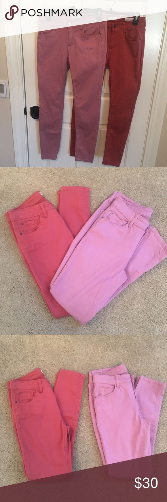 2 pair of Kensie jeans 👖👖 Two pair of Kensie jeans. One pink one deep orange color. Ankle mid rise jeans. The pink pair has been worn once had a small spot on pocket (see pictures for spot). I bought the wrong size and took off tags before I could return. Just too big on me that's why I am selling. Kensie Jeans