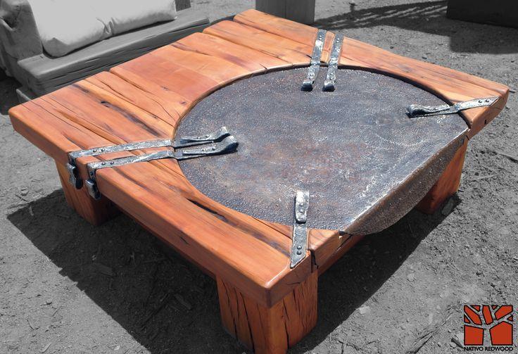 """Nativo Red Wood. Mesa de centro linea """"Line Wood"""" con cubierta de madera de Roble Rústico de 3'' de espesor con plato de fierro con quiebre lateral y flejes de fierro forjado. Dimensiones: 1.20x1.20 www.facebook.com/nativoredwoodsa"""