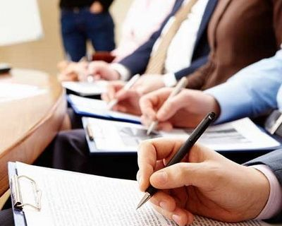 Глава 4.  16 Федерального закона № 94 -ФЗ от 21 июля 2005 г. предъявления кУчастникам закупки требования о представлении документов, определенными на Сайте.