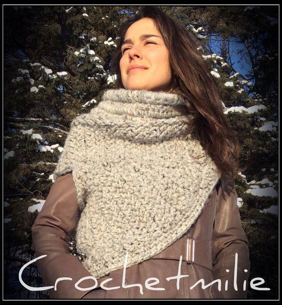 Crochet Asymmetric cowl par Crochetmilie sur Etsy