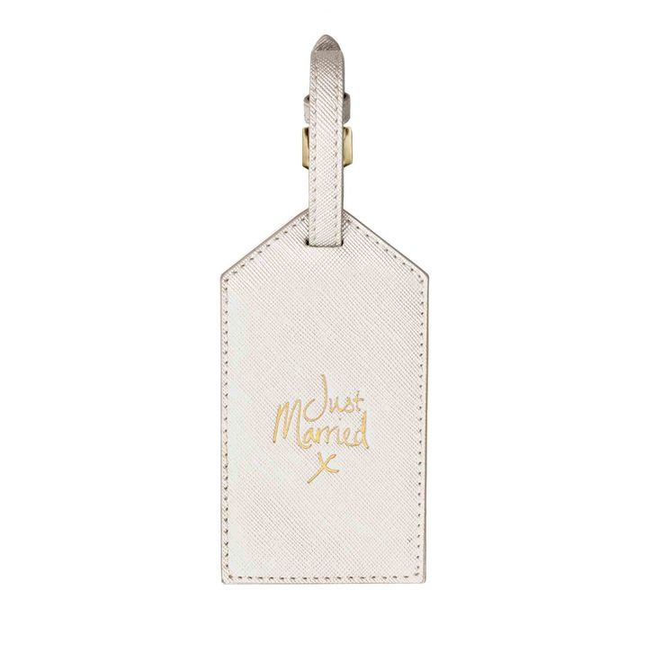 Hip hip hooray! The perfect addition to any newly married couple. Be sure to travel in style on your honeymoon with this metallic white, gold sentiment finished luggage tag.  Perfect gift for a someone getting married!  #justmarried #weddinggift #unboundireland