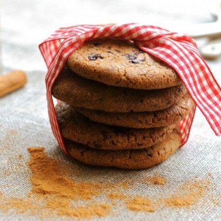 Fantastisk opskrift på småkager med chokolade. Dette er den bedste opskrift på helt perfekte store småkager med chokolade. Kan anbefales!