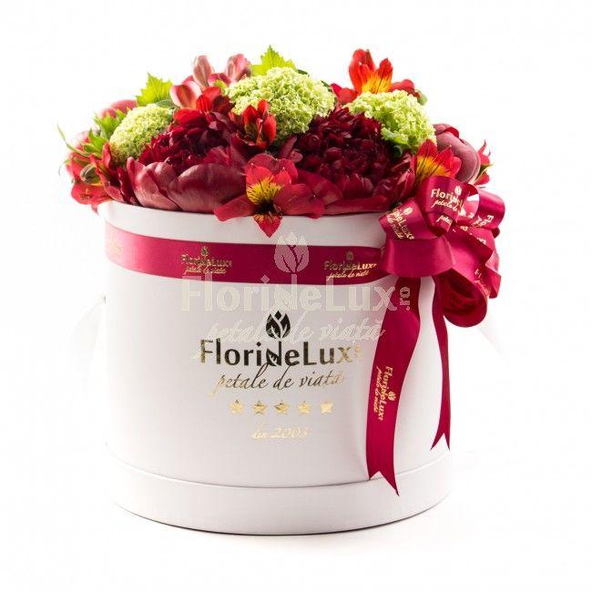 Este oficial sezonul bujorilor! 😍💕💕💕 Vedeti noile super oferte din floraria noastra, cu BUJORI: https://www.floridelux.ro/ WOW, ce frumuseti!