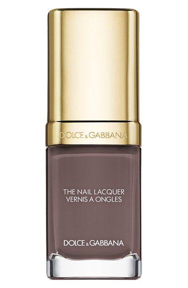 This enchanting emerald hue is the perfect fall shade | Dolce&Gabbana liquid nail lacquer.
